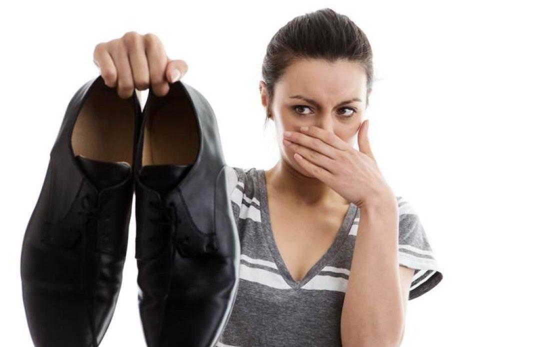smierdzace buty Sposoby na śmierdzące buty